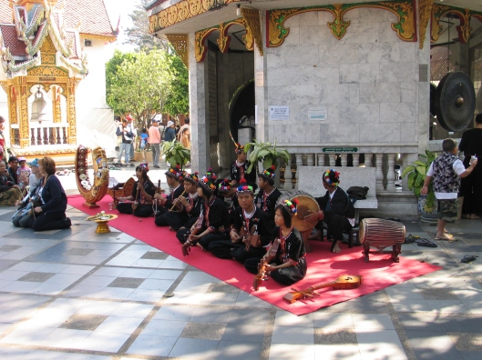 Mohori Thai musicians greet us at entrance.
