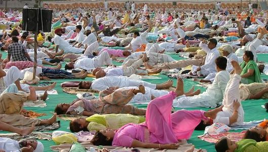 Group yoga in India. Talk about tradition.......