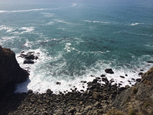 The Pacific Ocean touching Big Sur.
