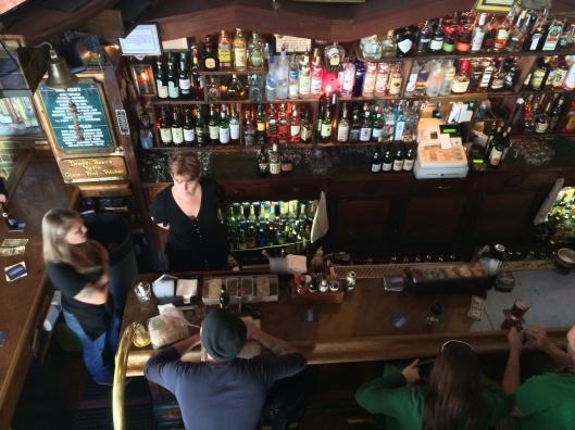 The bar at Vesuvio.