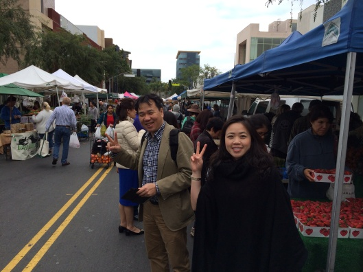 Song Hong Ensemble violinists Son and To Trinh at the Hollywood Farmers Market.