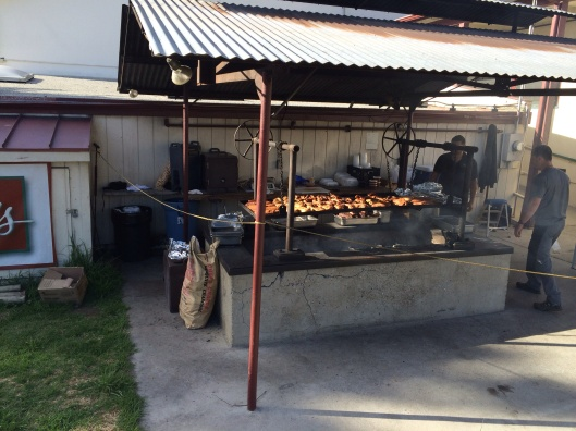 Great barbeque at Linn's.