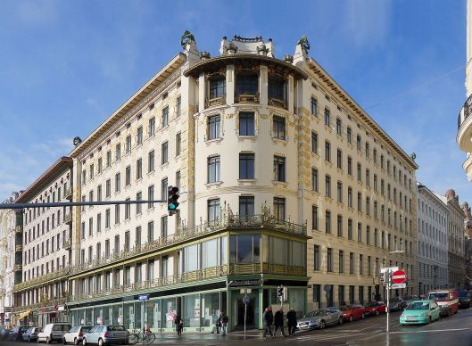 The Koestlergasse apartments of Otto Wagner.