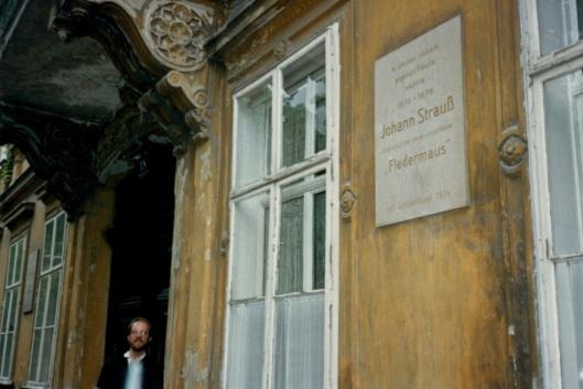 My first days in Vienna were spent in the Flerdemaus Haus thanks to Clara Steuermann.
