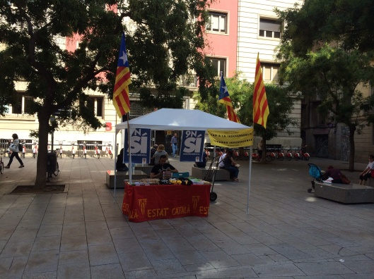 A Catalan Independence booth in the Old Quarter.