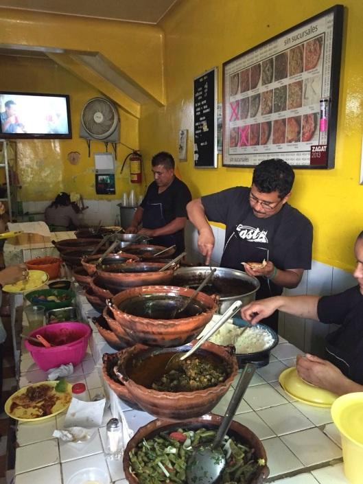 The cazuelas of Tacos Hola in Condesa.
