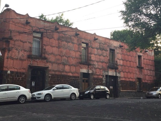The compound of Cortes and La Malinche is across the street from Ricardo's Coyoacan apartment.
