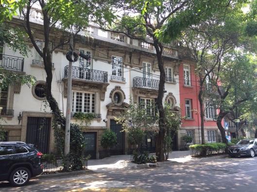 A Condesa/Roma streetscape.
