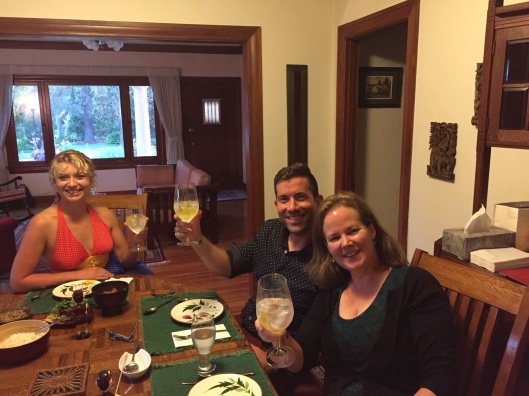 Amanda, Abdiel and Elissa toasting the G&T!