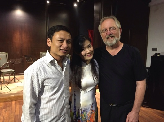 With oboist Viet Cuong and cellist Quynh Le Phan.
