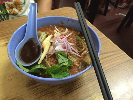 The luscious Asam laksa of Joo Hooi.