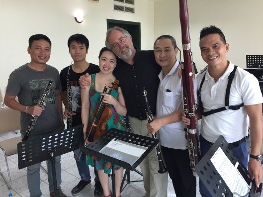 A happy reunion for the Stravinsky's early Pastorale with soloist Phan Thi To Trinh.