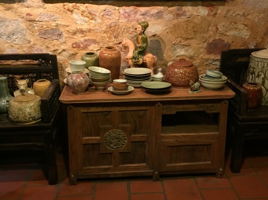 A table with impressive ceramic items.