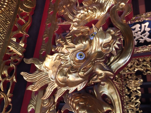 The Eyes of the Dragon at Chua Dau recall Chinese influence.