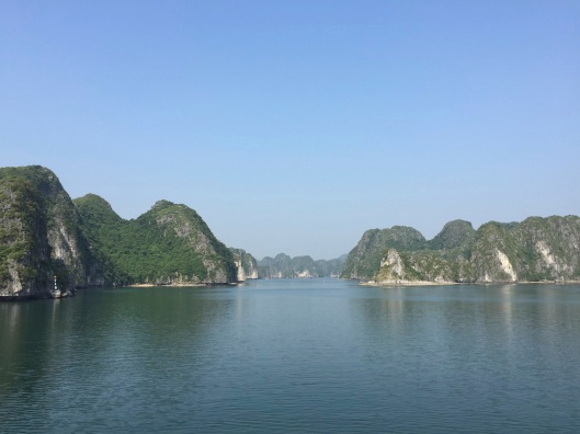 The entrance to Cat Ba Island.